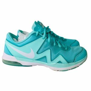 Nike Sculpt TR2 • Women's Running Shoes • Size: 6